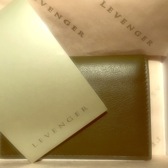 Levenger accessories i think this is a card holder poshmark levenger accessories i think this is a card holder reheart Images